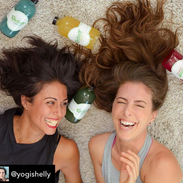 Repost from @yogishelly using @RepostRegramApp - #kombucha #drunk #laughterismedicine @radiatemiami @susanduprey photo cred : @jcastrostudios 📿❤️👽😘💥 . . . . .  #love #friendship #miamiyoga #yogamiami #instalaugh #instahealth #boom #instadaily #instaphoto #alien #fun #laughingyoga #lmao #miami