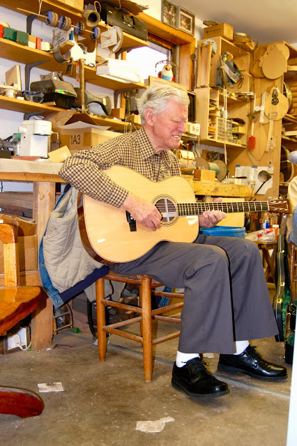 Blog Ej Henderson Guitars And Ukuleles