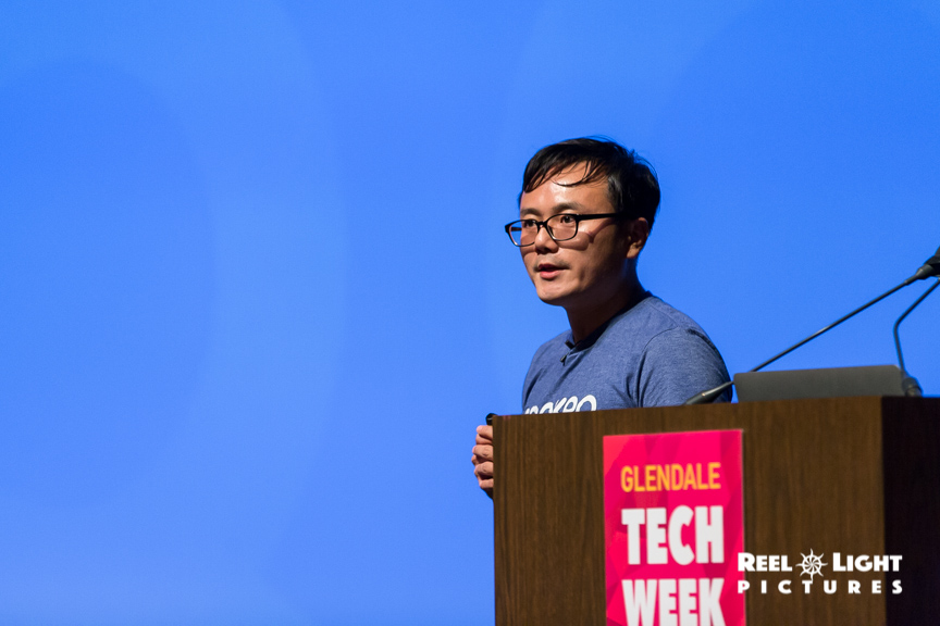 17.10.12 (Glendale Tech Week)(Pitchfest)-002.jpg