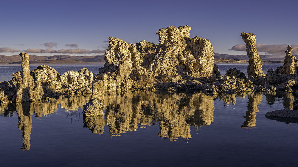 I did manage to get this quintessential shot of the tufas reflected in the water, but because it was windy, the water was moving. Had it been a completely still morning, that reflection would've been like a mirror. Maybe on my next trip.