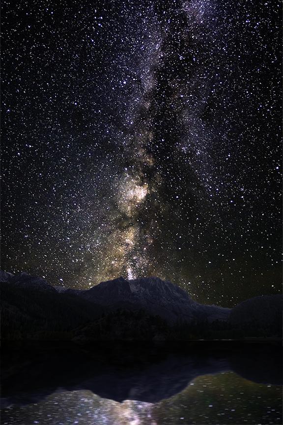 18.10.07-(Milky-Way-over-Gull-Lake)b.jpg