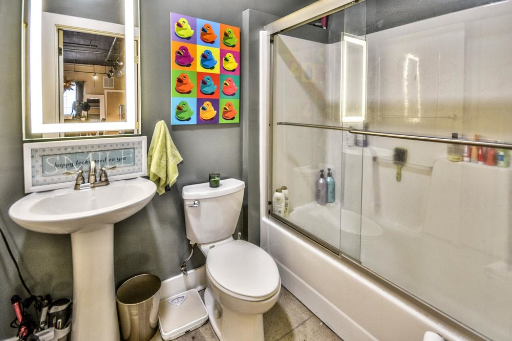 2nd condo bathroom.jpg