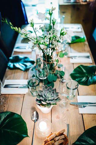 table_decor_green_succulents_copper