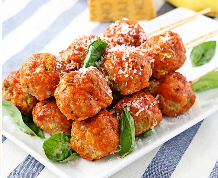 172_Turkey_and_Veggie_Meatball_Kebabs_Hero_2X.jpg