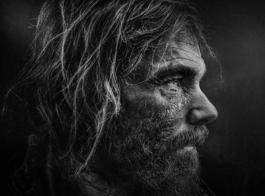 black-white-homeless-portraits-lee-jeffries-1.jpg