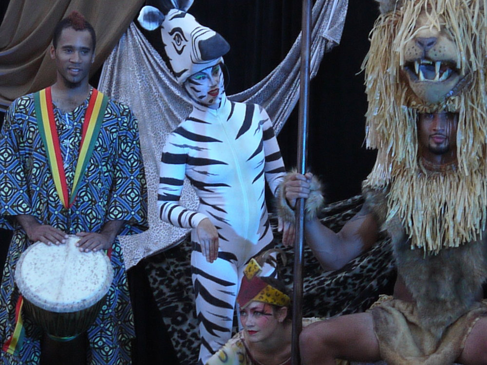 SAFARI CIRQUE SHOW 270.JPG