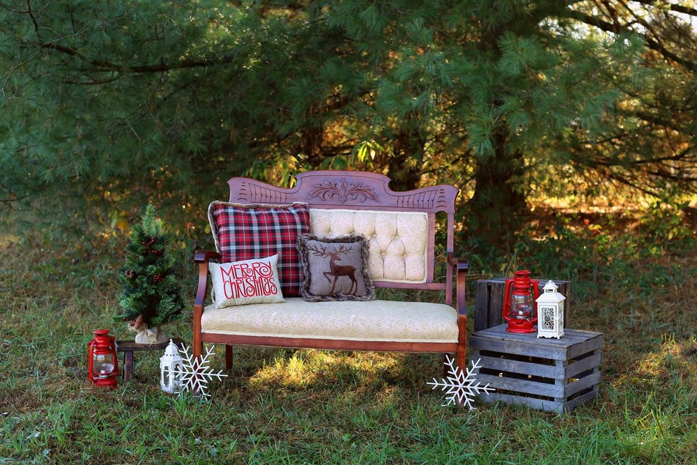Sonya Marie Photography  Item used: Elsie Bench  *Other items not ours
