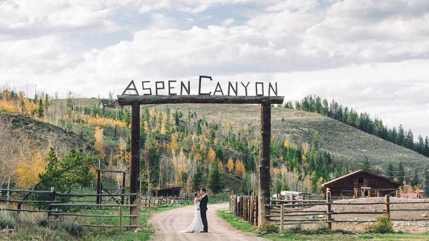 Weddings at Aspen Canyon