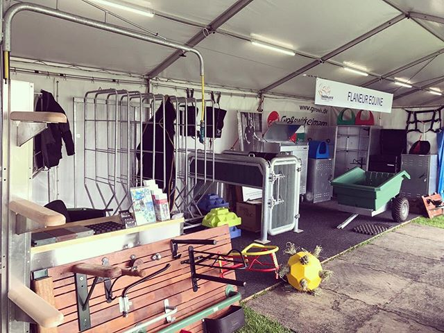 Set up and open for business @mi3de 👌🏼👏 #shoppingtime #eventingaustralia #flaneurequine #qualitystableproducts #germanmade #melbourneinternational3de