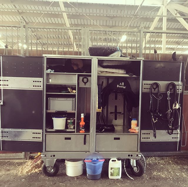 Our X Large competition trunk getting put to great use at the NSW Dressage Championships last weekend at SIEC 😍👌🏼 To view our full range of storage solutions please visit www.flaneurequine.com.au #qualitystableproducts #germanmade #availableinaustralia #flaneurequine #nswdressagechampionships