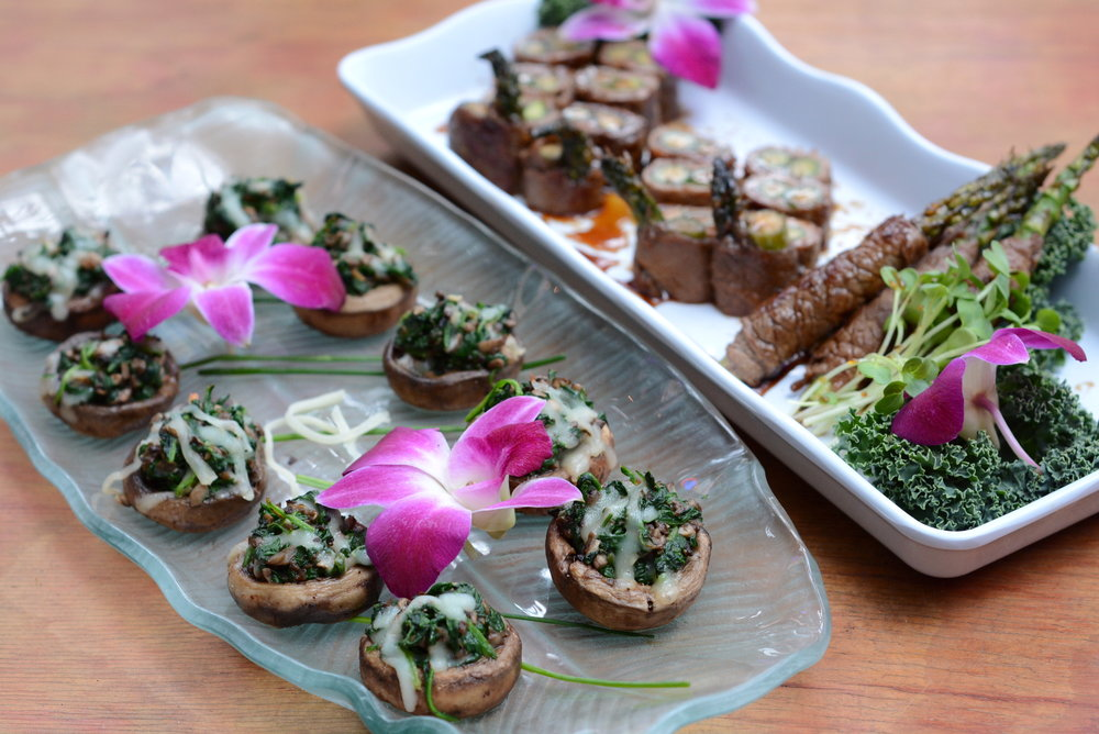 "Spinach stuffed mushrooms from the ""Elegant holiday hors d'oeuvres"" package in San Francisco for $13/person"