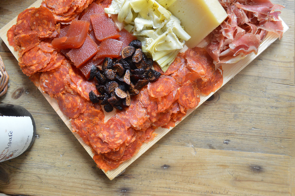 """""""Meat & cheese tapas board"""" in San Francisco for $6/person"""