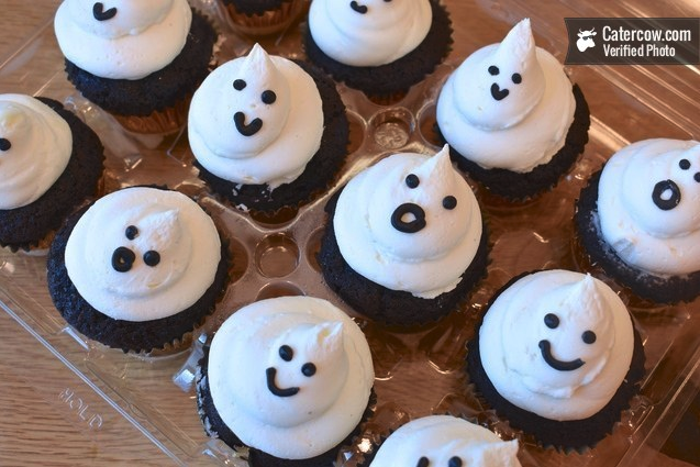 Lil' Ghoulish Ghost Cupcakes!  by Sweet Generation (NYC)