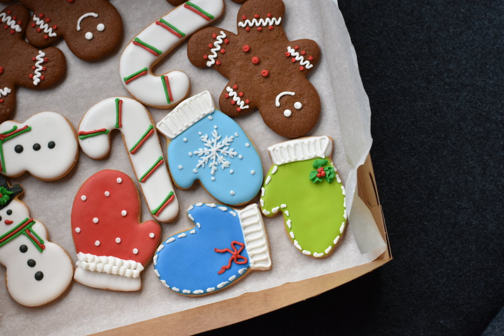 Christmas Cookies & Gingerbread Men - by Bonne Fete Baking