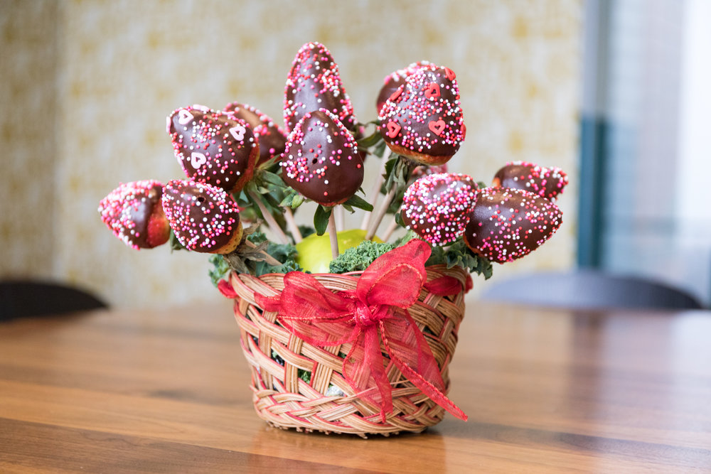 Chocolate Dipped Berry Basket - Arguello Catering (SF)
