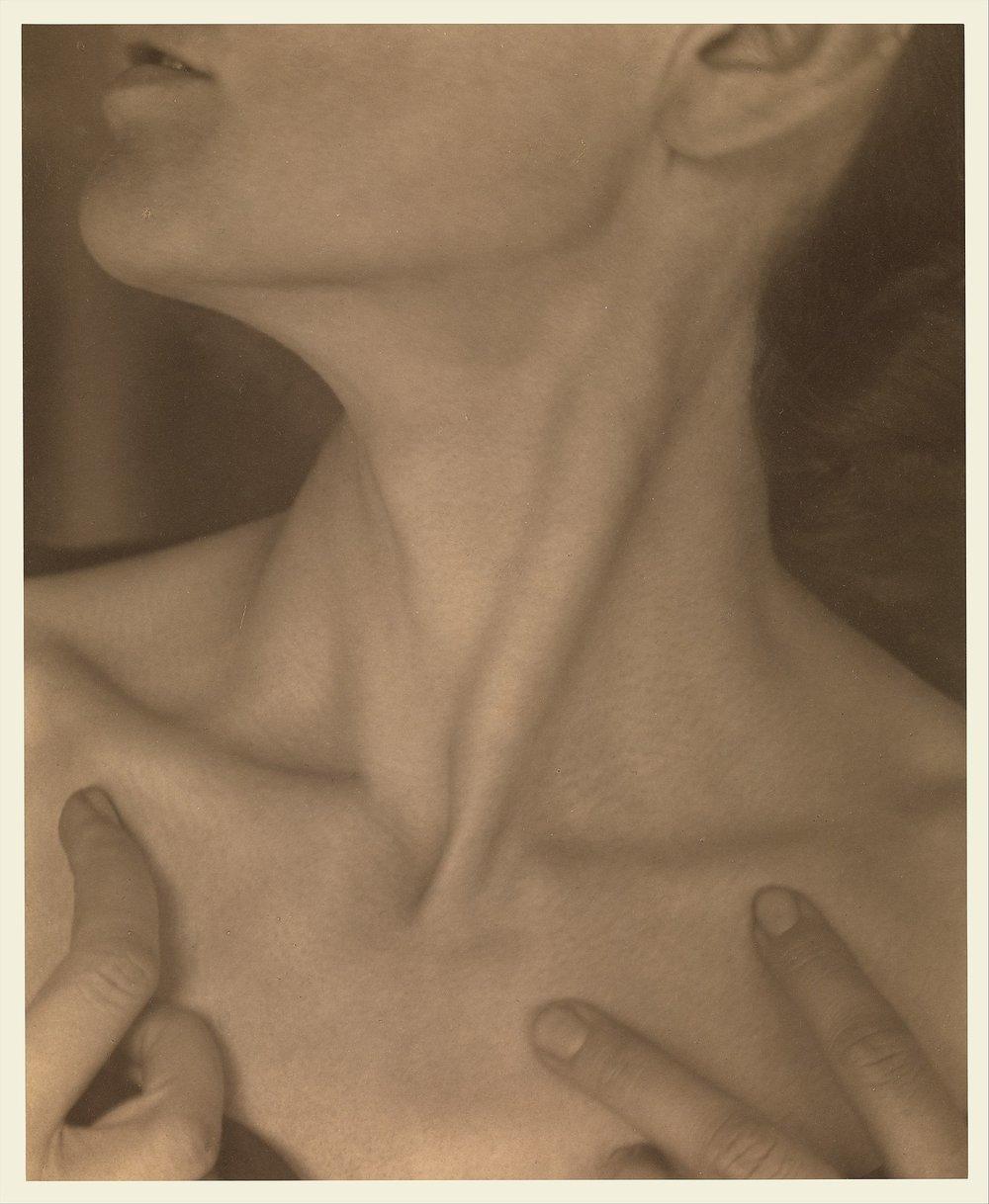 Georgia O'Keeffe — Neck  by Alfred Stieglitz (1921)
