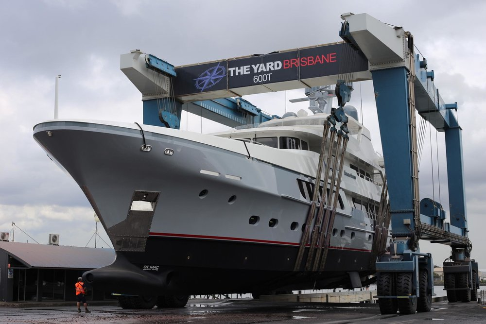 300t and 600t Marine travel Lift with 13m beam capability