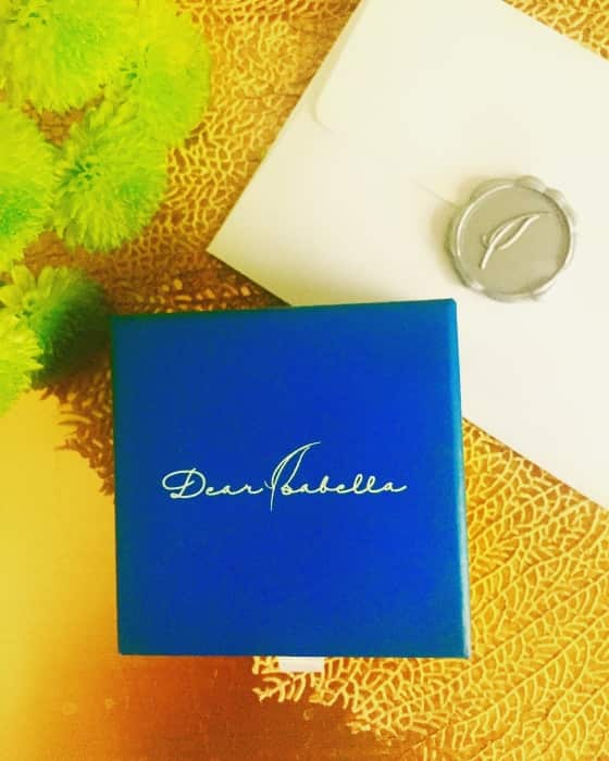SMALL BOXES, BIG SURPRISES. The best things in life truly comes in small boxes. Delight mom with a thoughtful gift enclosed in a lovely blue box.