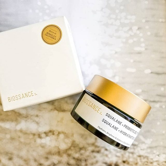 Show of hands, anyone here a #cleanbeauty freak? This surprise by @biossance & @influenster came in #complimentary in the mail today and I'm dying to test this out. A non-toxic and plant-based skin care, #biosssance delivers beauty uncompromised! . . . . . #biossancexinfluenster #contest #skincare #beautysecret #beautyful #influenster #instabeauty #instaskin #nontoxicbeauty #beautyjunkie #beautyaddicts #beautybloggers #beauty #beautyblog #skincareroutine #glowingskin #safebeauty #moisturizer #beautyhaul