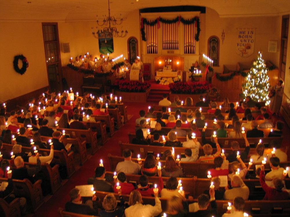 Christmas Eve Candlelight (2).JPG