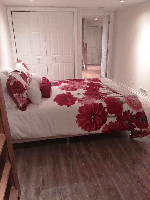 4bedroom2 copy.jpg