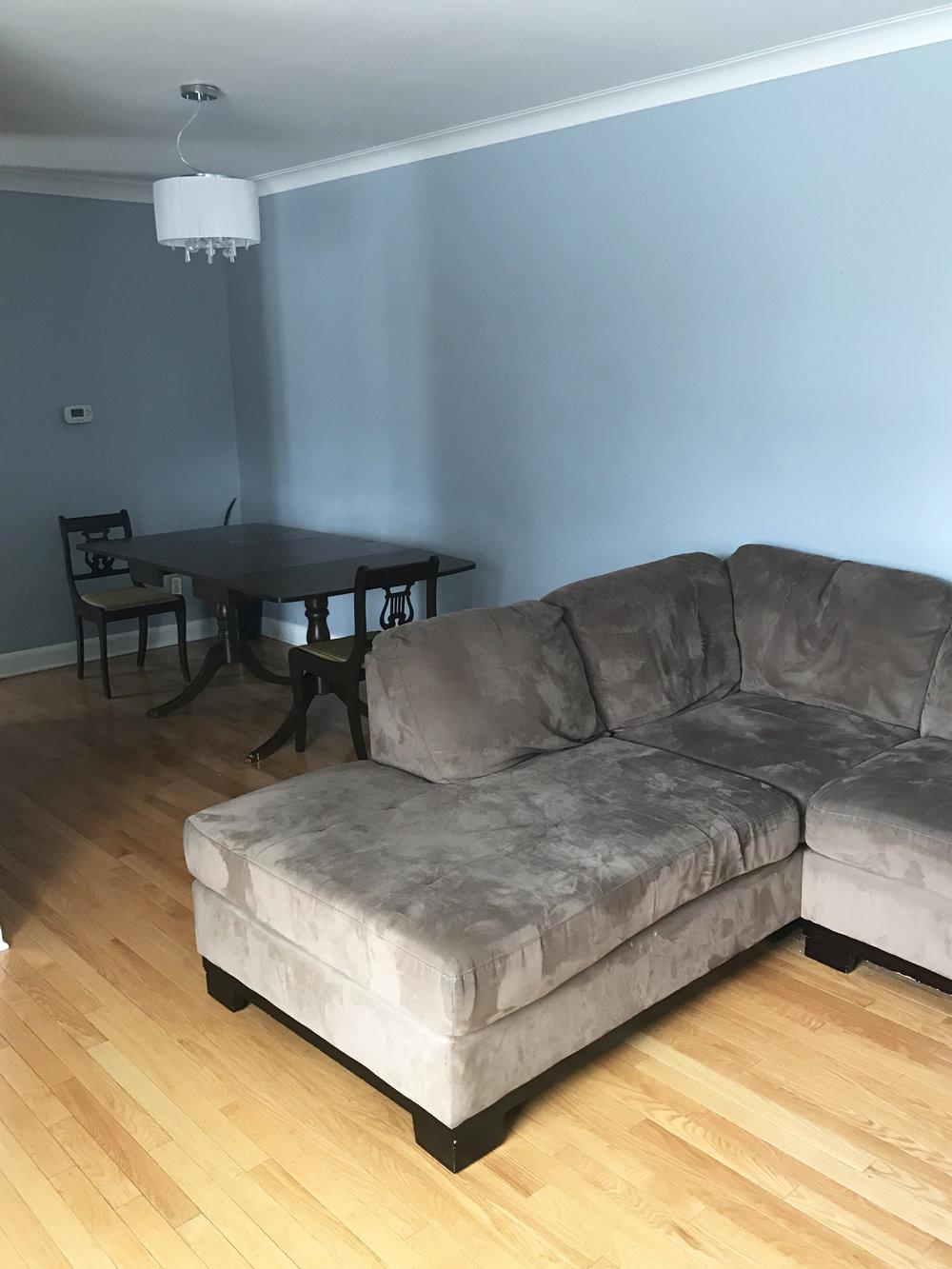 LivingroomUpstairs.jpg