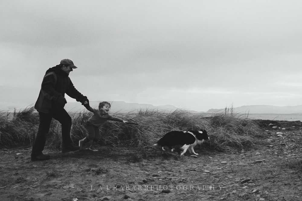 Barr Family in Ireland © Laura Barr Photography11.jpg