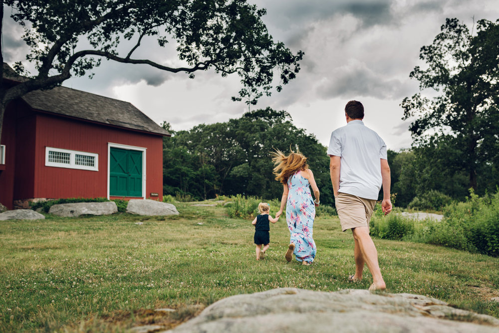 weir farm family lifestyle session by laura barr photography