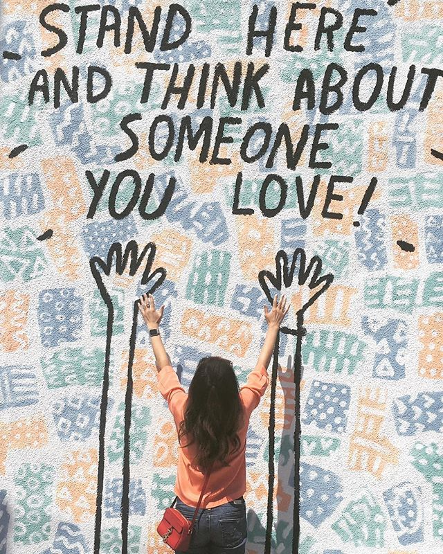 Saturday Vibes courtesy of  @dallasclayton ~ family, friends and of course, TinkerBell 🐾 🎨 🎨 #artistsoninstagram #artaroundtheworld #fromwhereistand #happygirl #saturdaymorning #love #affirmations #dailyinspiration #photooftheday