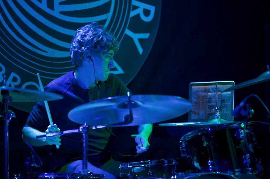 Josh Davis.png