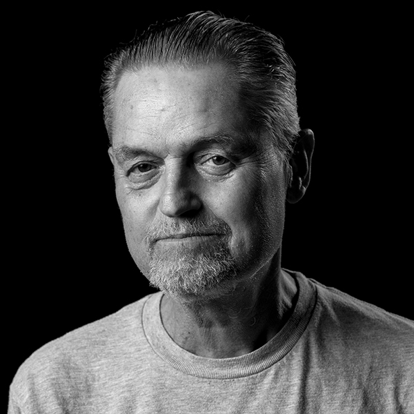 Demme_Photo SQ.jpg