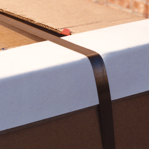 angleboard secured with strapping on cardboard box