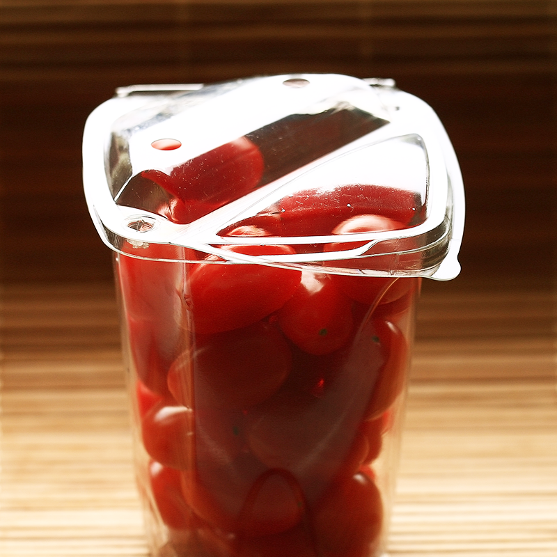 cherry tomatoes in convenience clamshell container