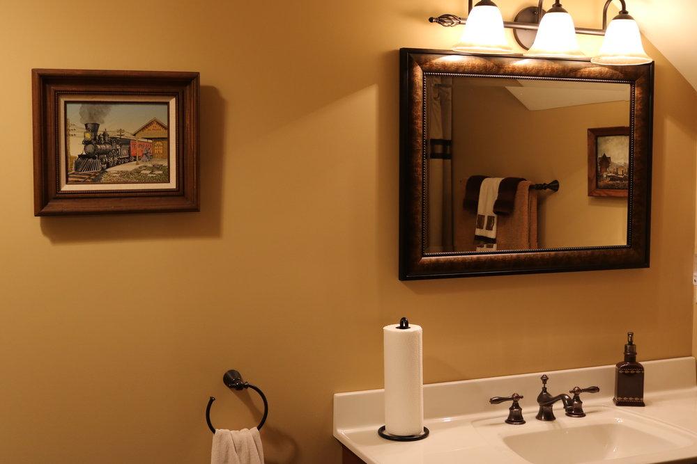 Lower Berth Bathroom
