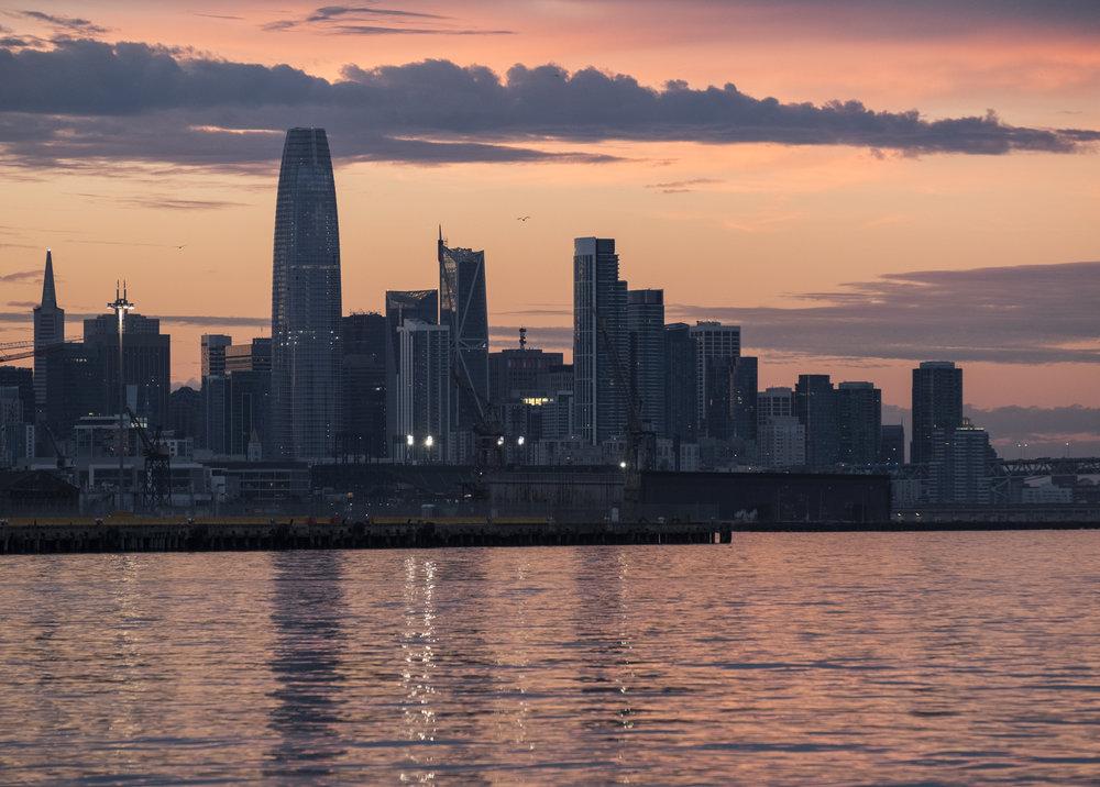 SF and The Salesforce Tower_#10_©Henrik Kam 2019.jpg