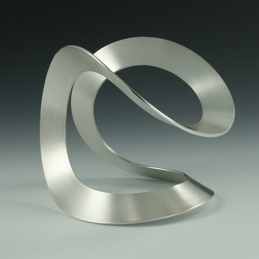 1 silver bangle (2)sq.jpg
