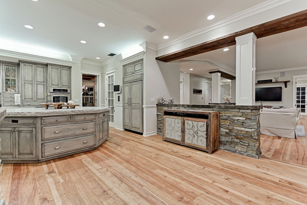 Caskey - 814 Pacific_Kitchen2.jpg