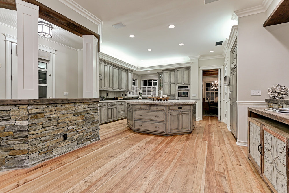 Caskey - 814 Pacific_Kitchen3.jpg