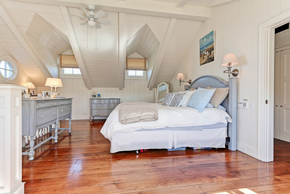 Caskey - 814 Pacific_Cottage Bedroom1.jpg