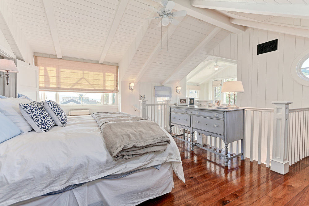 Caskey - 814 Pacific_Cottage Bedroom2.jpg