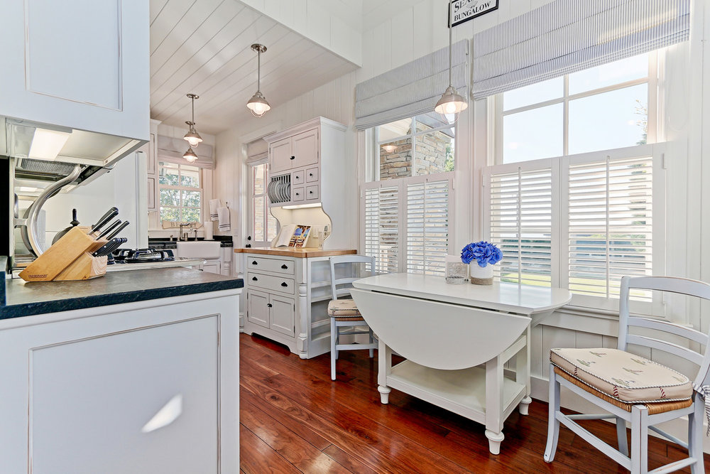 Caskey - 814 Pacific_Cottage Kitchen3.jpg