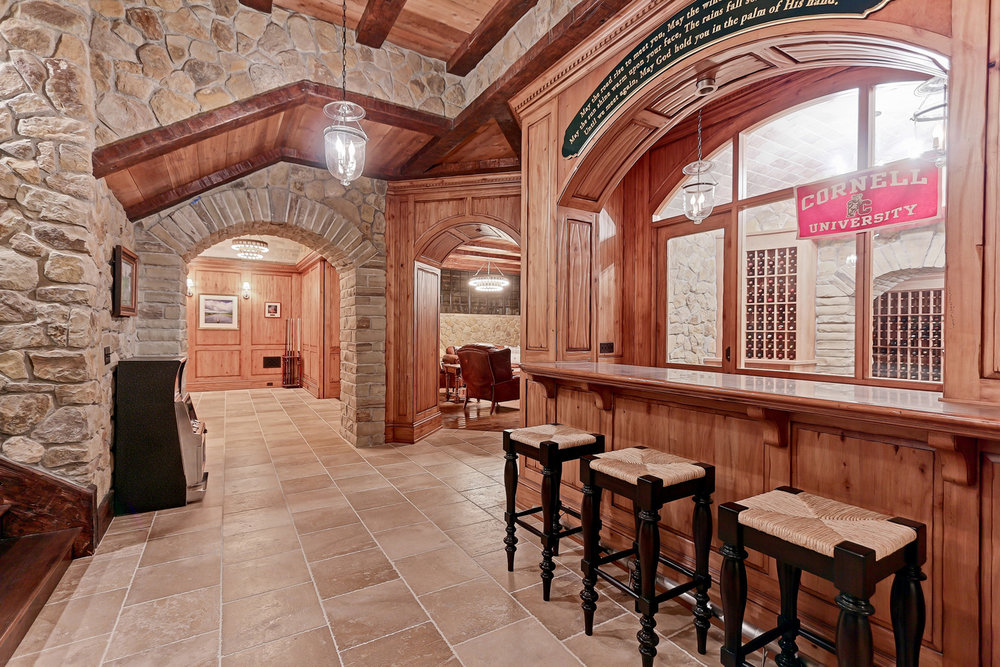 Caskey - 814 Pacific_Man Cave Bar2.jpg
