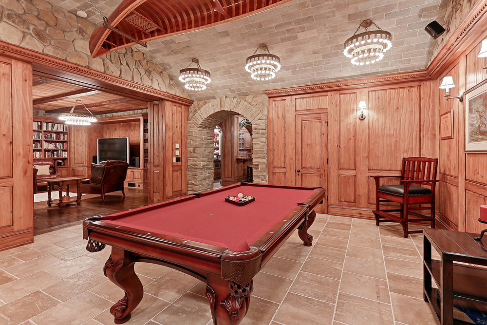 Caskey - 814 Pacific_Man Cave Game room2.jpg