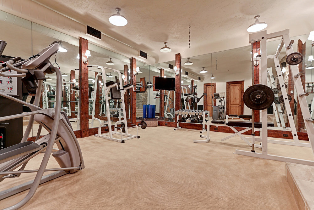 Caskey - 814 Pacific_Man Cave Gym.jpg