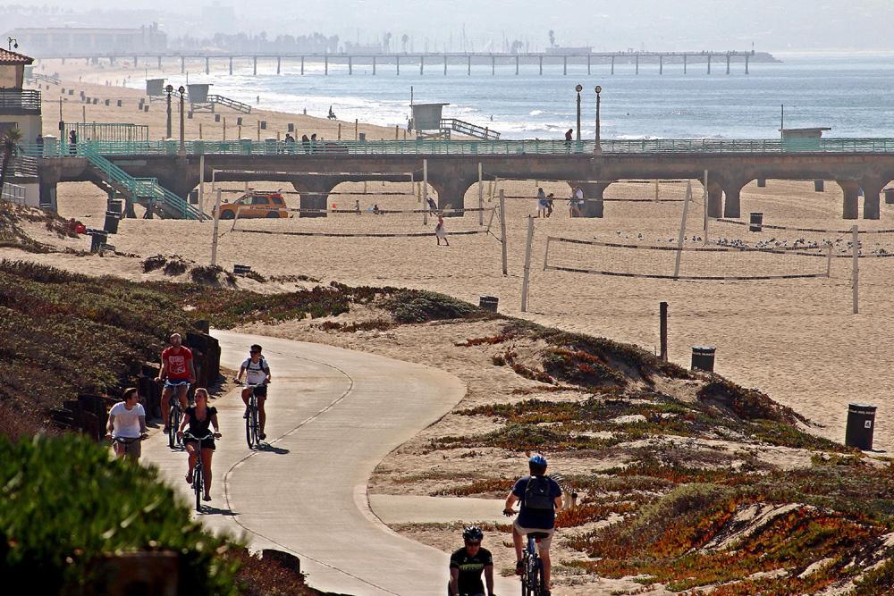 Caskey - 124 17th_Beach Bike Strand.jpg