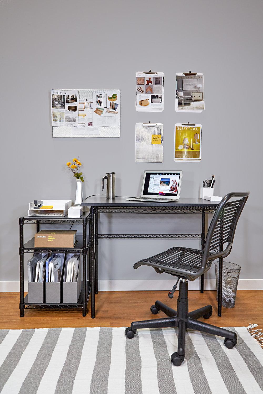 Desk 23.jpg