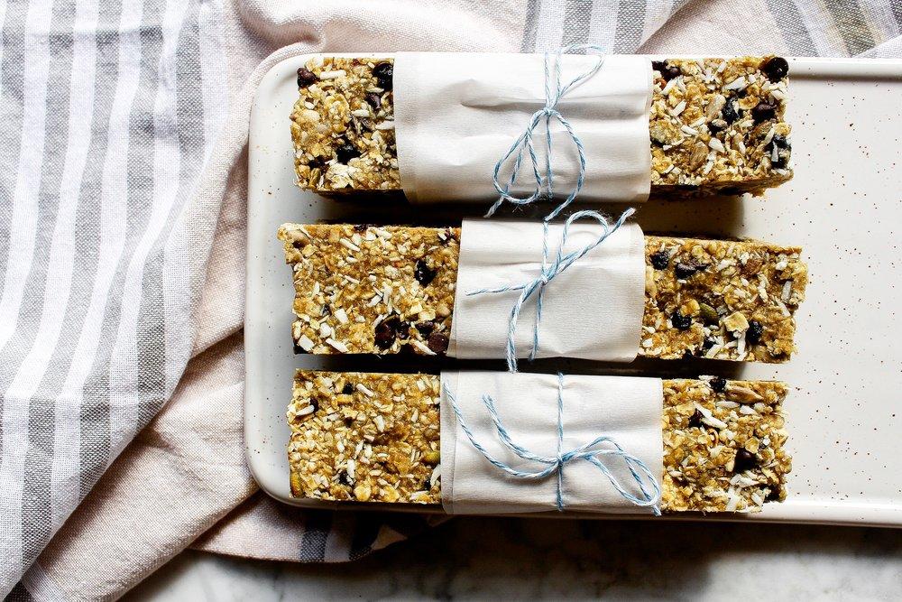 peanut-free-granola-bar.jpg