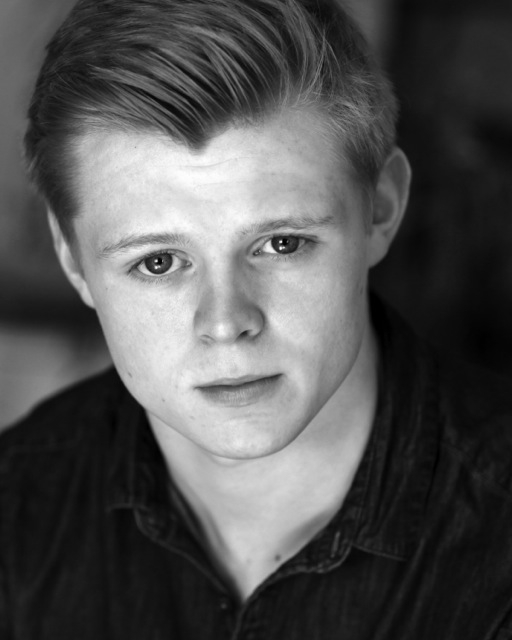 Juilan Bailey-Jones Julian trained at LAMDA, and since graduating was one of the original members of Dalmatian Theatre Company, who have been performing critically acclaimed modern adaptations of Shakespeare for two years. Other credits include pilot series, Davros - The Teenage Years, and short film Outlaws to In-Laws.Julian is delighted to be joining Lidless Theatre for its first show.