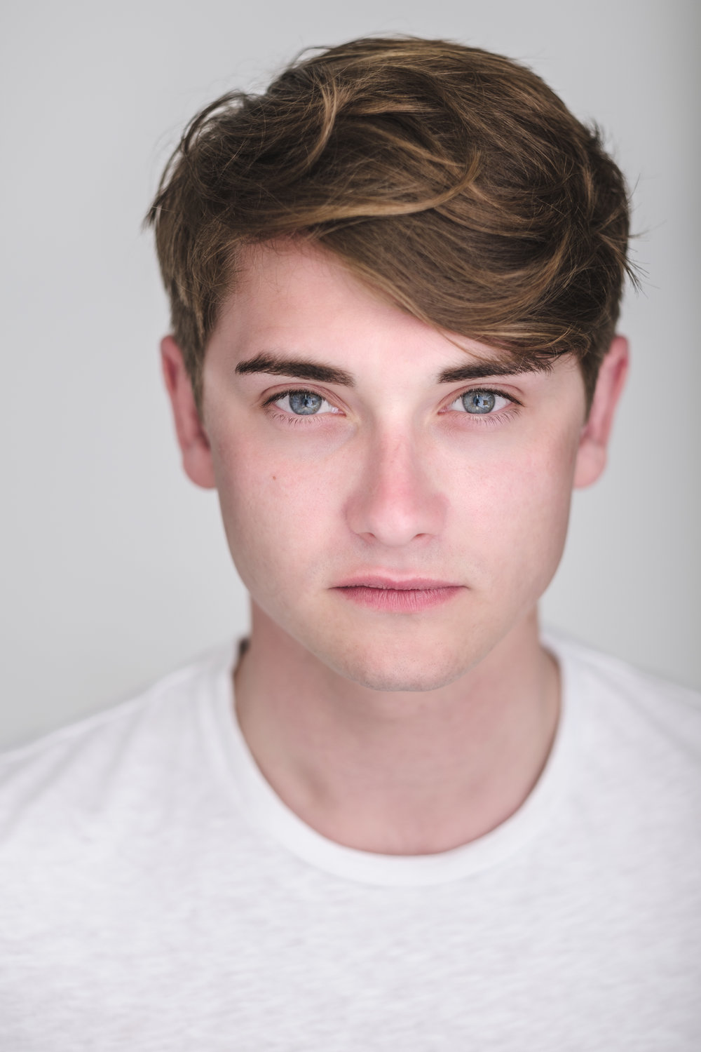 Josh Horrocks - Tommy  Josh graduated from Arts Educational School London in 2015. He recently worked on a production of  'The Winter's Tale' by William Shakespeare, directed by Glenn Neath. Josh is extremely excited to be a part of Lidless Theatre, and is looking forward to creating bold and brave theatre.