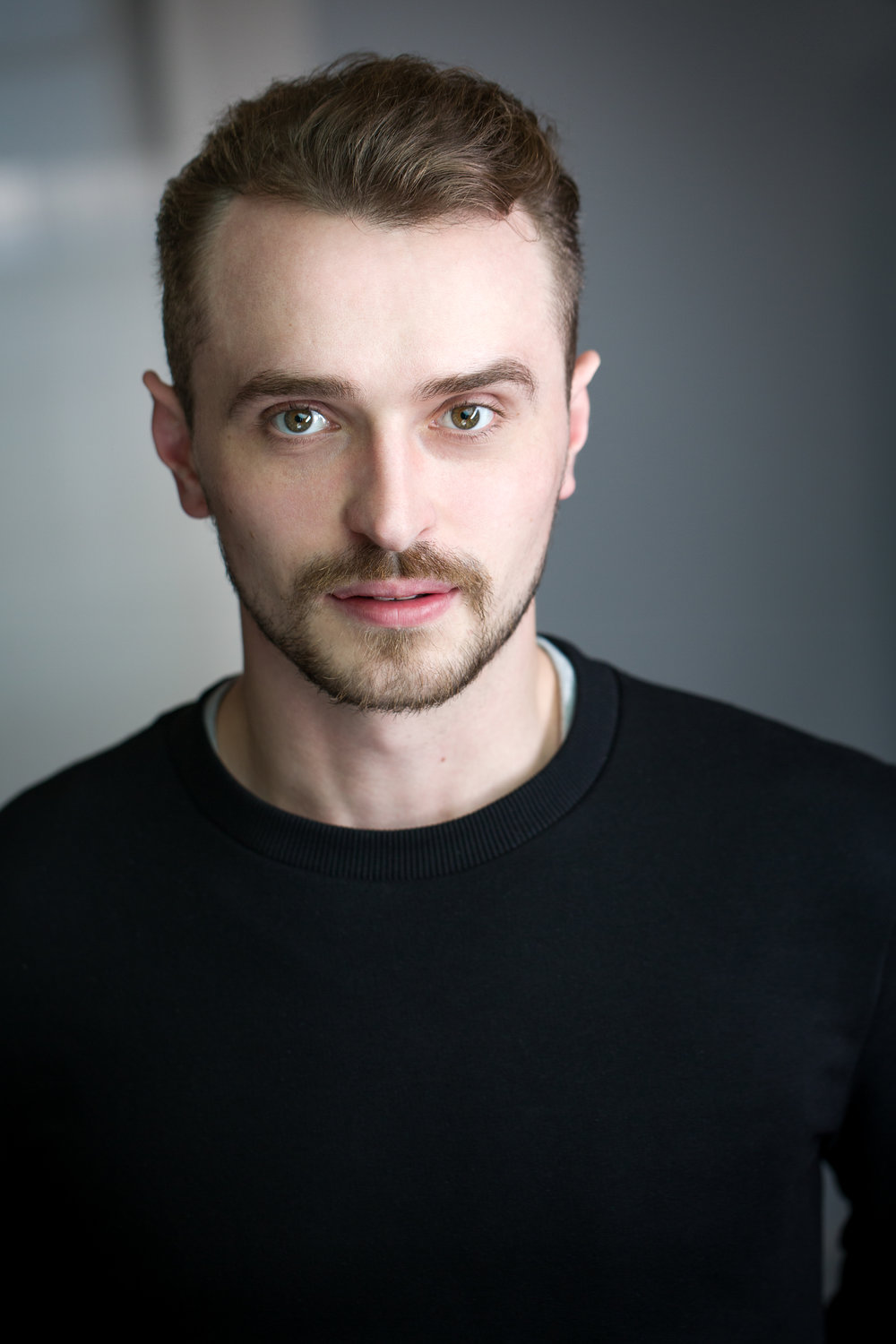 Ben Woodhall - Wayne  Ben graduated from the Drama Centre on the BA course. He has since been working, predominantly in the theatre, most notably in a national tour of  'A View from the Bridge' , dir. by Stephen Unwin. He has most recently appeared in the lead role of a sell out run of  'The Soul of Wittgenstein' at the Kings Head Theatre, for which he received 5 star reviews. Ben has also competed in 3 Monologue Slams, performing self penned pieces, one of which has been selected to be made into a short film, which he is shooting next month. He is represented by Carol Spencer at Brynmoor Associates.